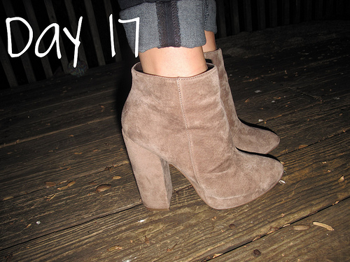 Closet Confessions: 30 Day Shoe Challenge DAY 17