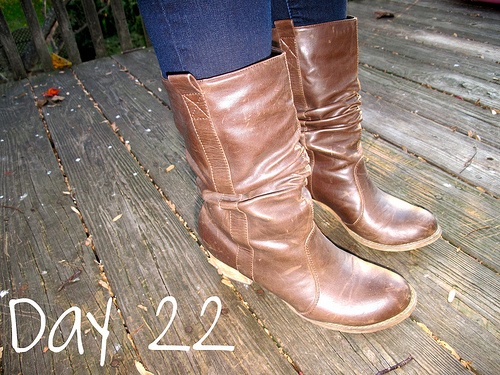 Closet Confessions: 30 Day Shoe Challenge DAY 22