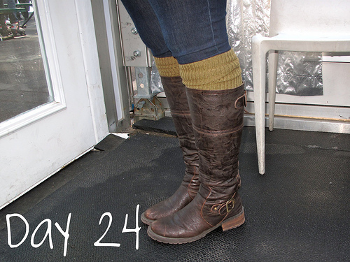 Closet Confessions: 30 Day Shoe Challenge DAY 24