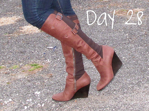 Closet Confessions: 30 Day Shoe Challenge DAY 28