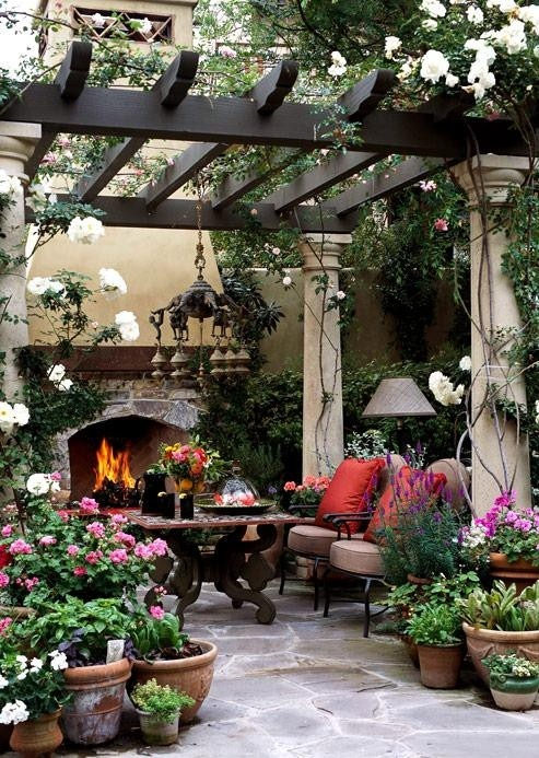 Room for Style: Outdoor Decorating Style