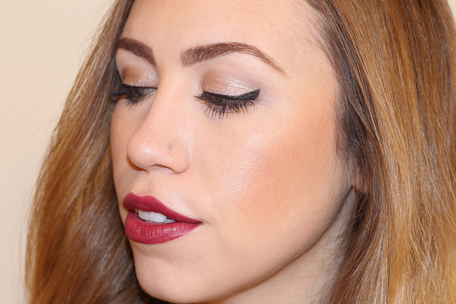 Makeup Monday: Holiday Berry
