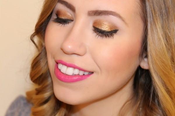 Makeup Monday: Gold Eyes, Pink Lips