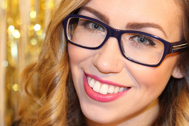 Makeup Monday: Everyday Makeup with Glasses