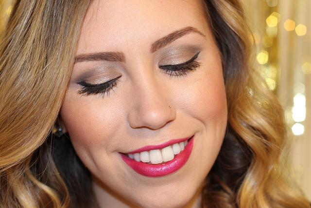 Makeup Monday: Full Exposure