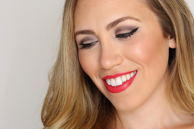 Makeup Monday: Glam Red Lip
