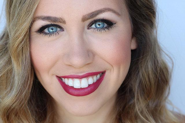 Makeup Monday: Brick Red Lip