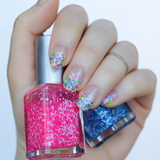 Confetti Party Nails