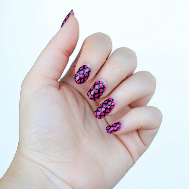 Pink Fishnet Nail Art