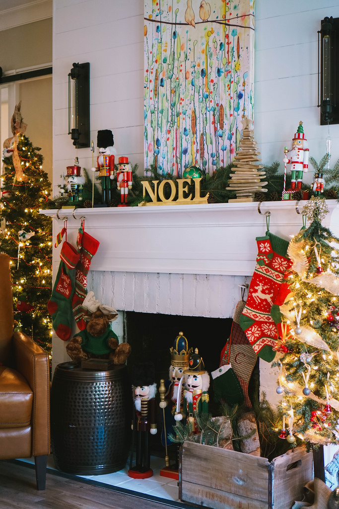 Transitional Christmas Living Room Decor