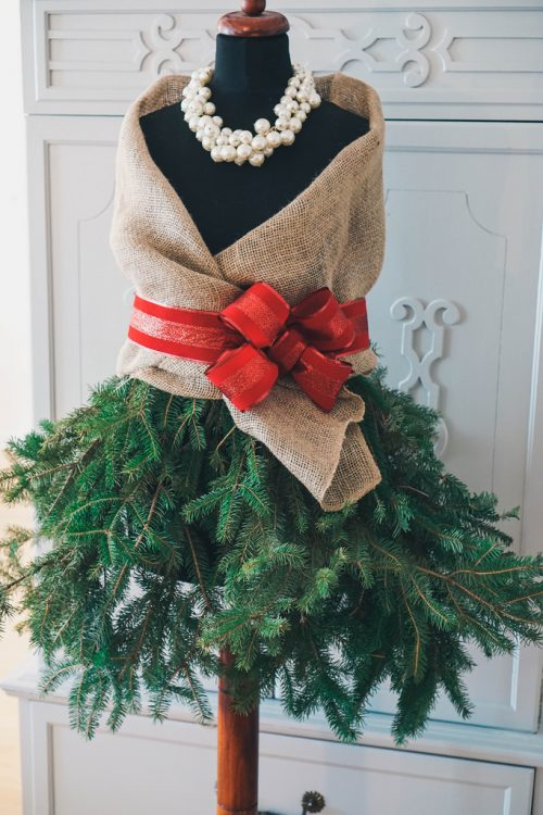 Diy Mannequin Christmas Tree Living After Midnite