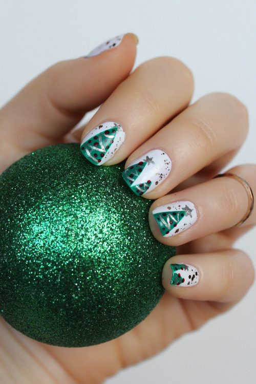 The Best & Easiest Christmas Tree Manicure - Living After ...