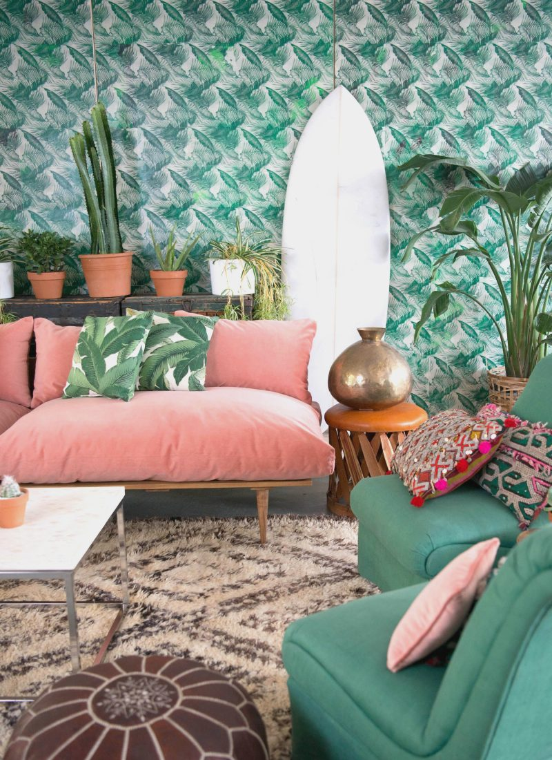 How to Decorate with Living Coral Pantone's Color of the Year