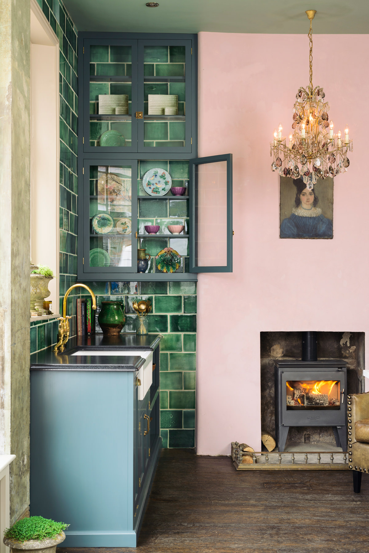 20 Photos That Will Prove Decorating with Pink and Green is the Next Big Thing