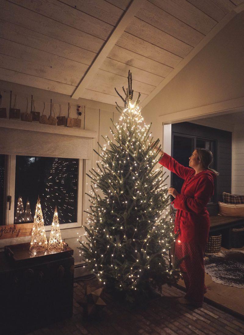Modern Farmhouse Christmas Decor Inspiration