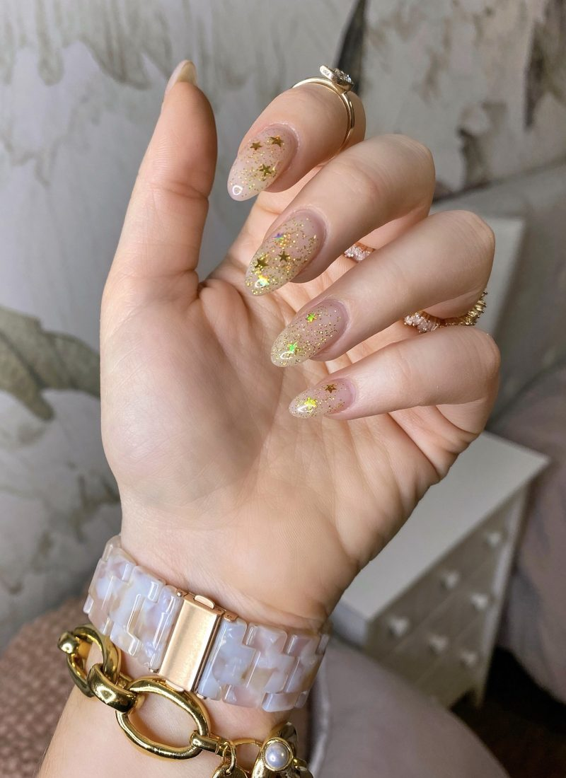 Manicure of the Month: Gold Glitter Star Nails