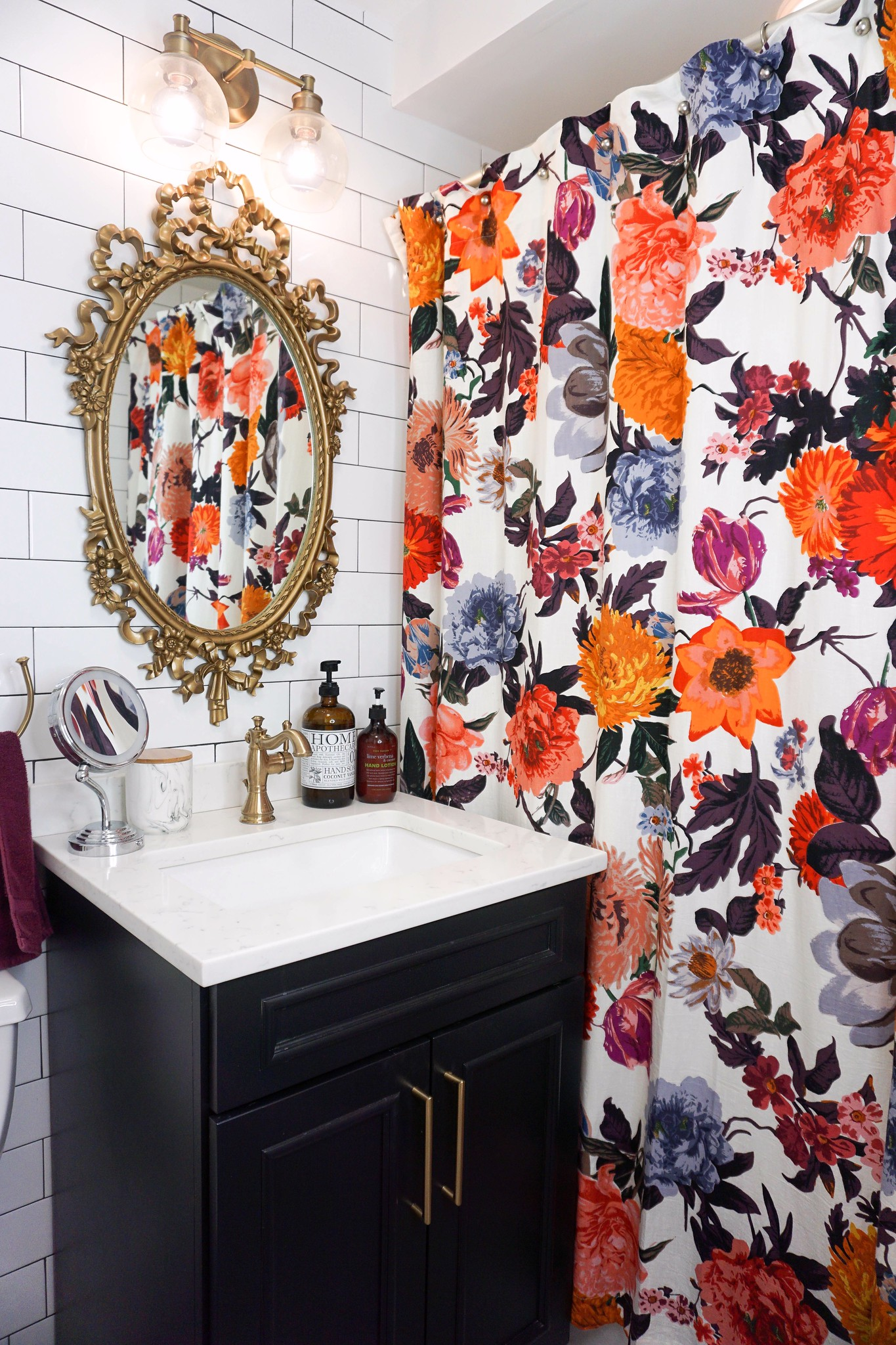 5+ Practical Tips for Designing a Small Bathroom