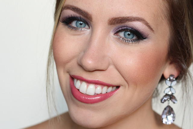 Makeup Monday: Frozen Elsa