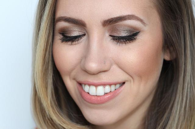 Makeup Monday: Bronze Smoky Eye
