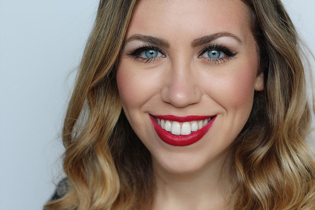 Makeup Monday: Bronze & Red