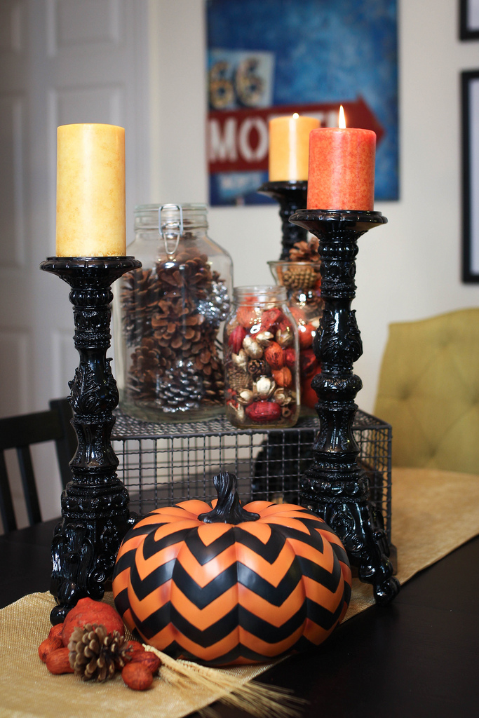 How to Transition Halloween Decorations to Thanksgiving