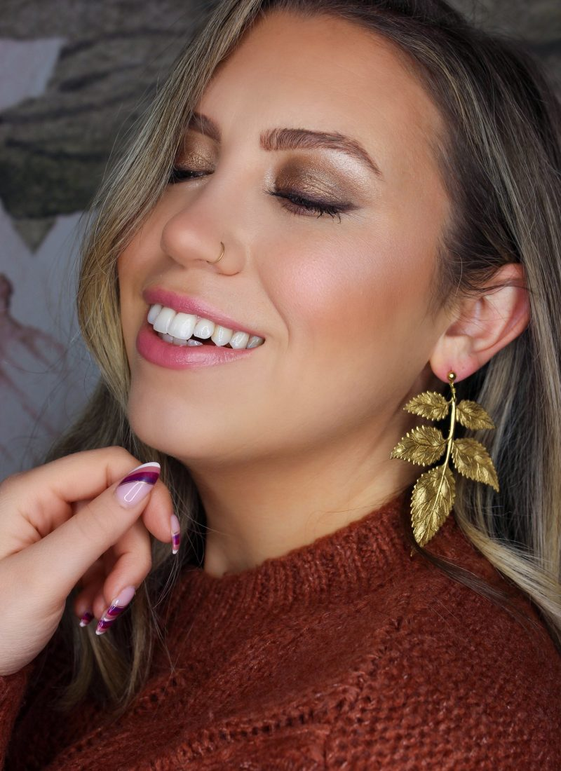 Holiday Makeup Monday Tutorial: Easy Bronze Eye Makeup